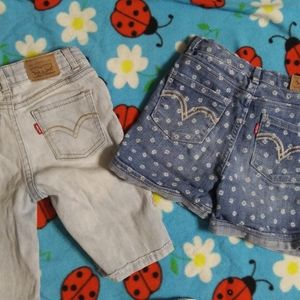 3 FOR $10 2 PAIR GIRLS SIZE 6x LEVI'S SHORTS